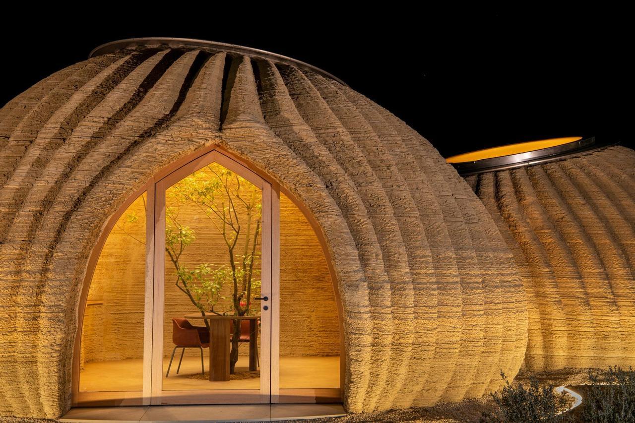 Экологические дома Tecla печатаются на 3D-принтере из глины всего за 8 дней