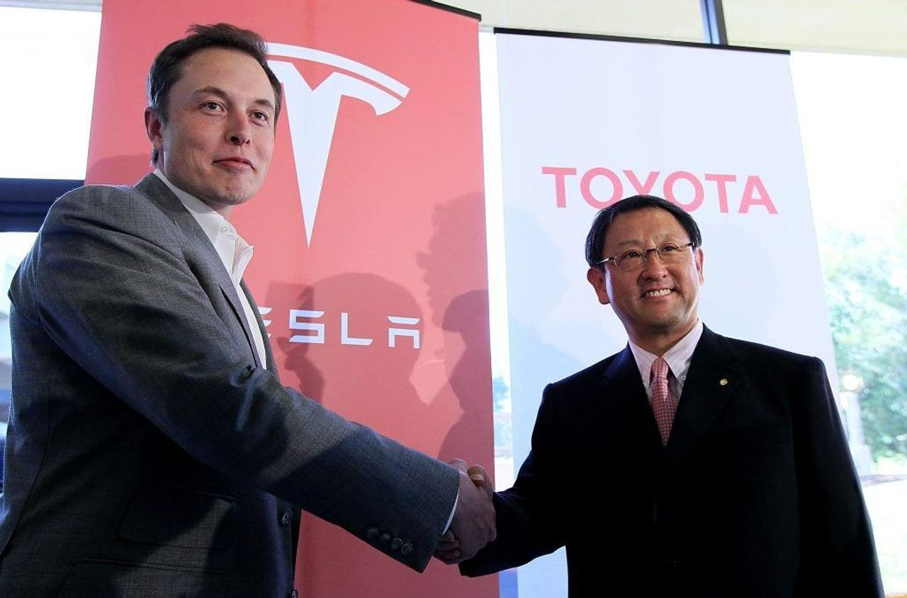 Tesla и Toyota совместно разрабатывают недорогой компактный электрокроссовер