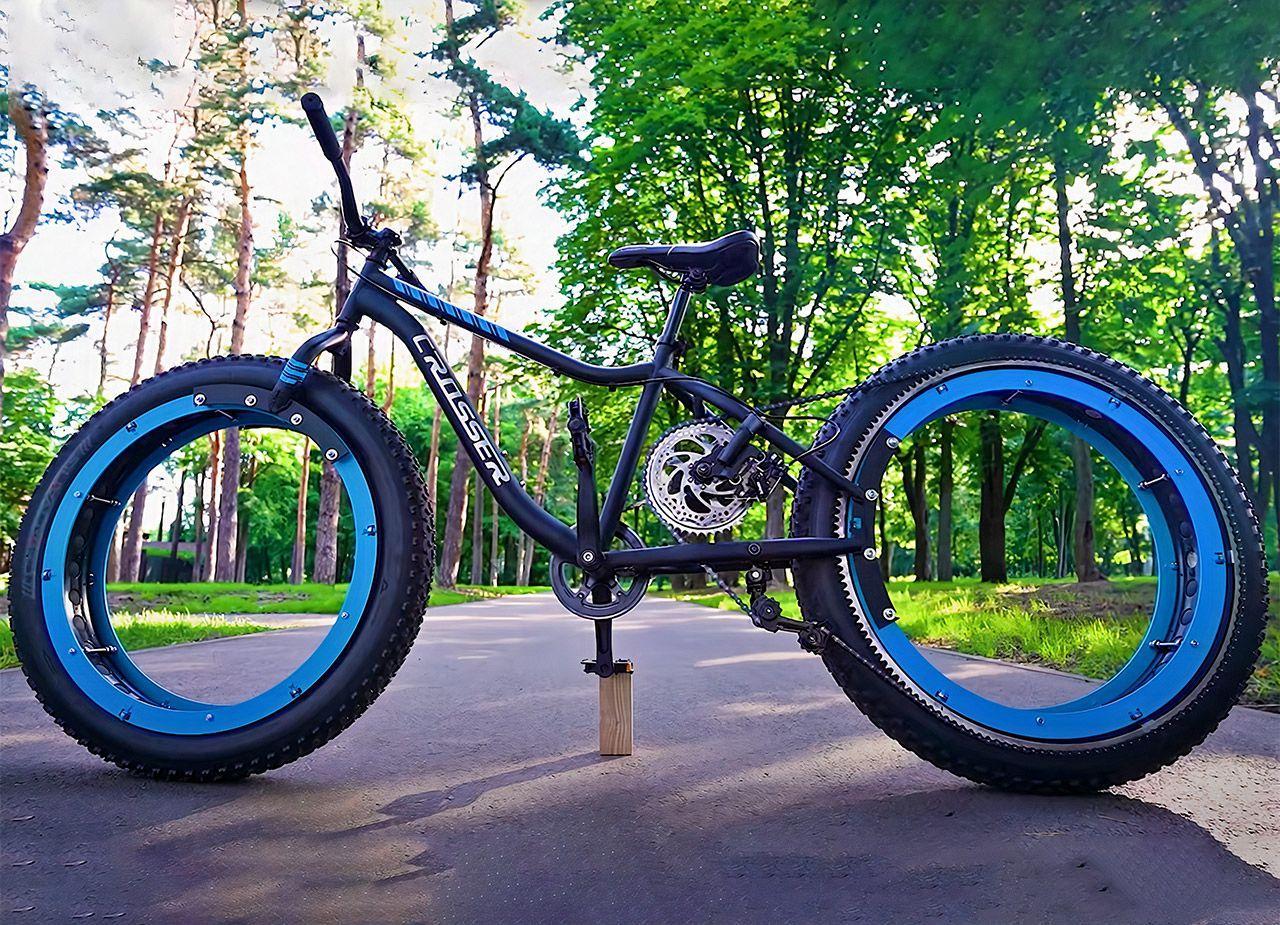 Инженер Q создал оригинальный велосипед в стиле TRON
