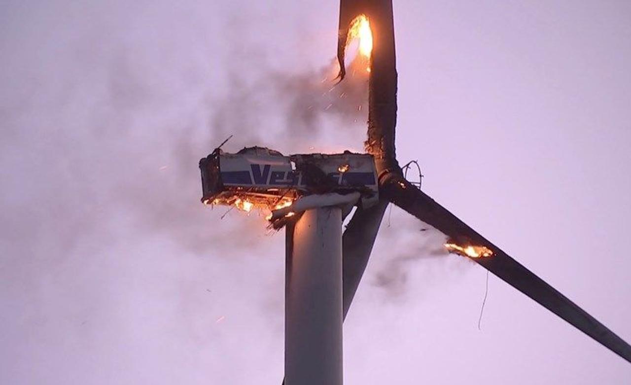Какие применяются меры противопожарной защиты ветряных турбин?