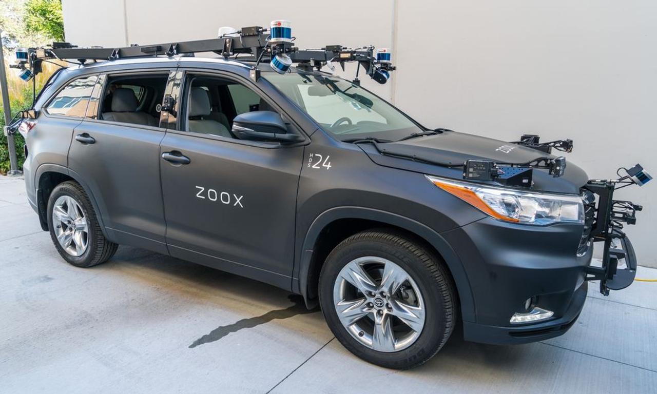 Автономные автомобили Amazon готовят к работе в условиях плохой погоды